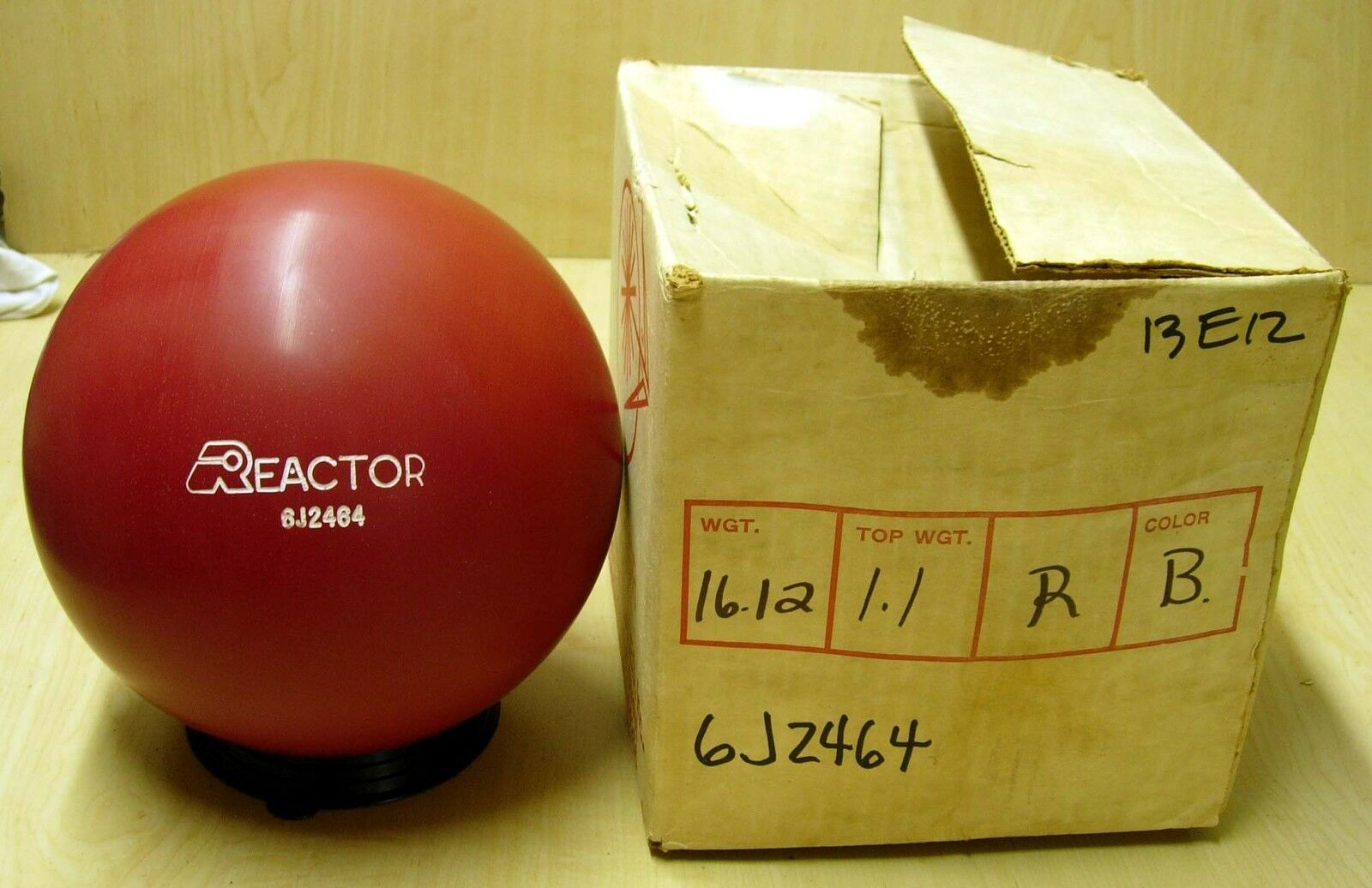 = 16.12 Blast from the Past 1986 Star Trak REACTOR Urethane Red Solid