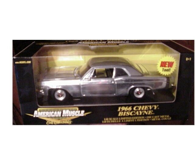 1966 CHEVY BISCAYNE Cromo Chase coche 1 18 Ertl American Muscle 33417