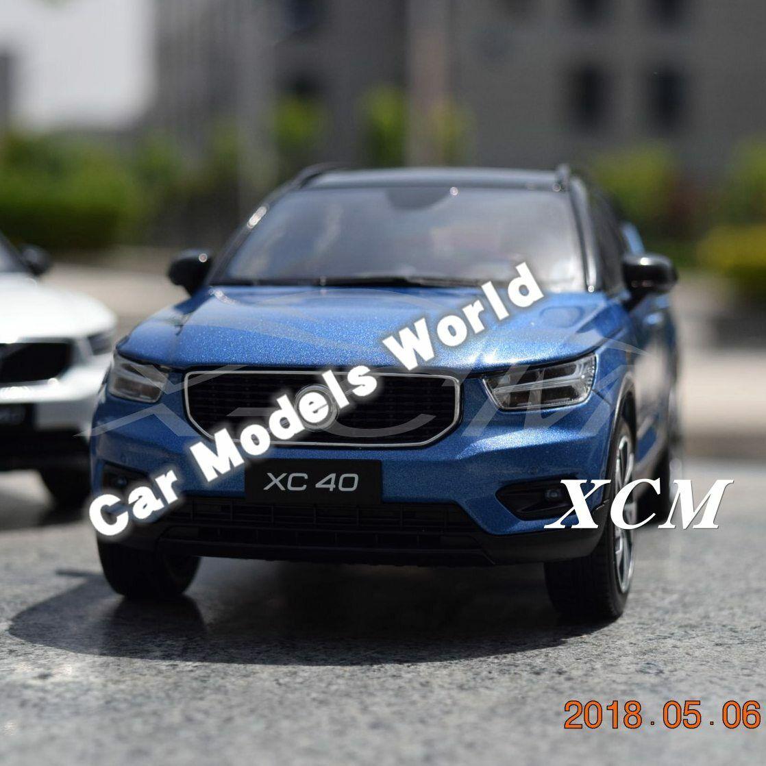 Modèle de voiture pour XC40 1 18 (bleu) + petit eau