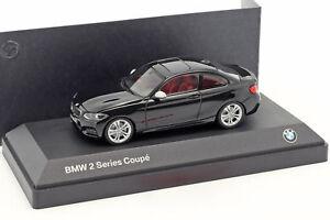 BMW-2-Series-Coupe-F22-Negro-1-43-Minichamps