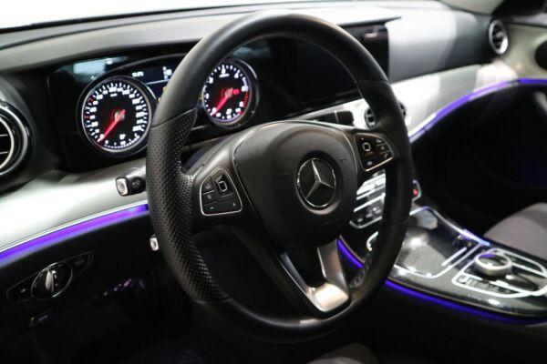 Mercedes E220 d 2,0 Avantgarde aut. - billede 4