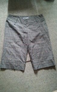 000 Womens Charlotte Russe Size 9 Plaid Gray Shorts