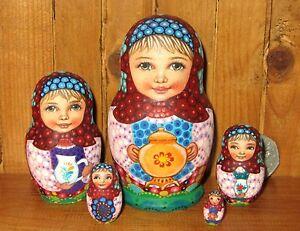 Russian-Nesting-Dolls-Matryoshka-Genuine-5-Girls-SOKIRKINA-Small-Tea-Set