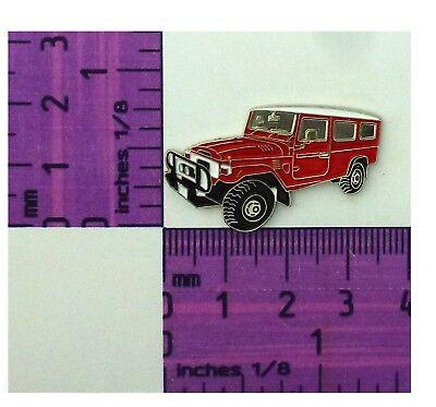 FJ78 HJ78 Red Toyota Landcruiser Troopy Quality Metal Lapel Pin Badge