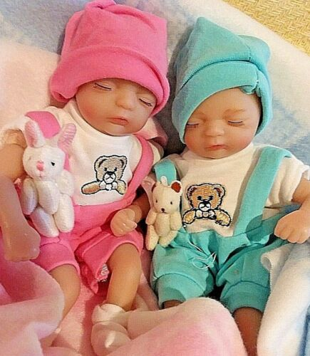TINY TWINS    8 INCH PALM SIZED BABIES  SO CUTE FOR LITTLE HANDS