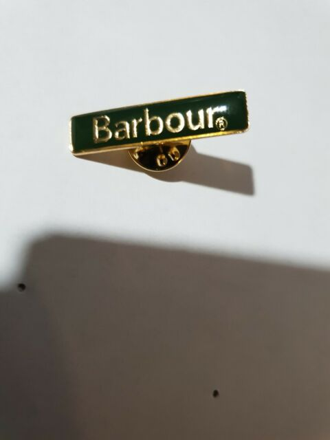 GENUINE  BARBOUR PIN BADGE GREEN WITH GOLD WRITING BRAND NEW