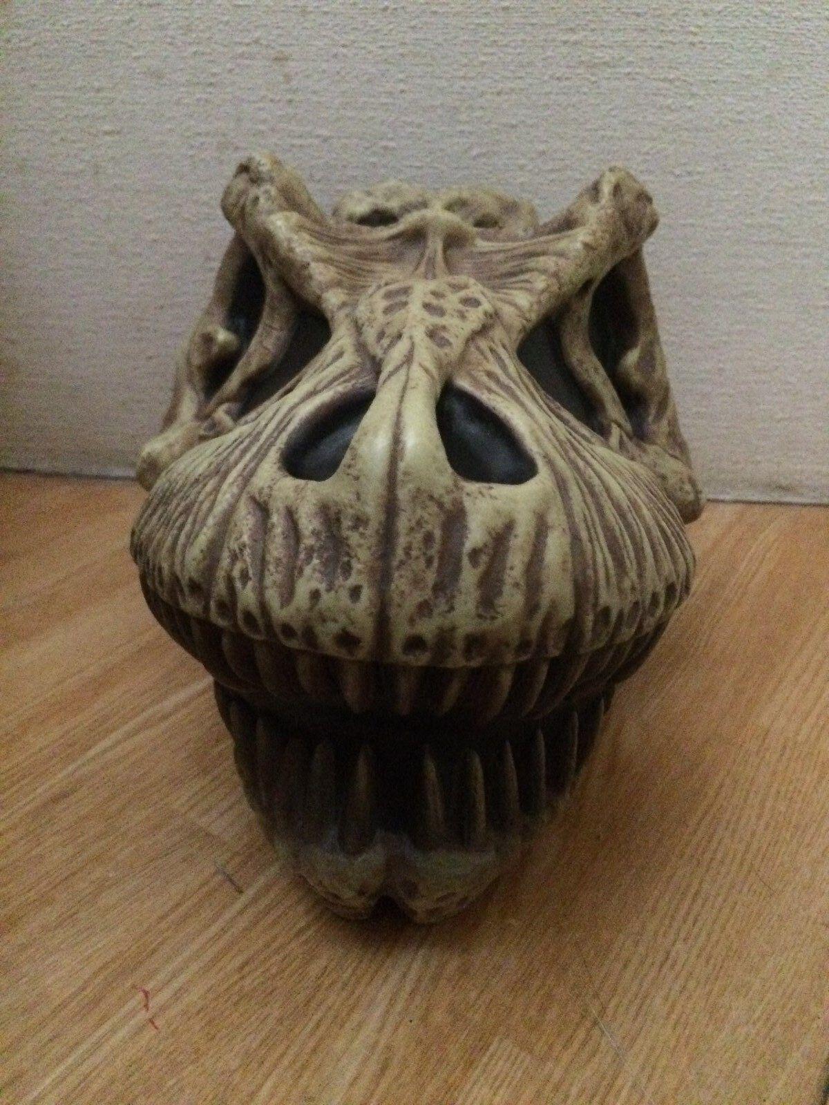 10.2in Jurassic park Lost word Jurassic Tyrannosaurus T-REX skull skull skull Decorative Box f9780b