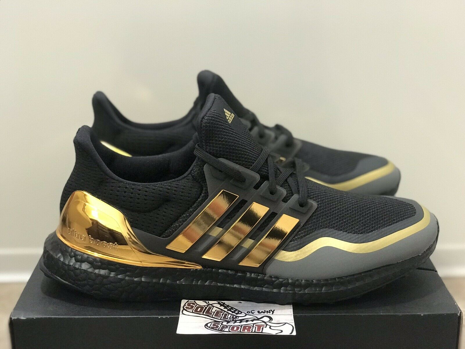 adidas ultra boost st men's shoes