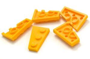 New LEGO Lot of 2 Pair of Orange 3x2 Wedge Plates