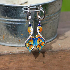WOMEN-RHINESTONE-INLAID-SPIRAL-ENAMEL-PLUMERIA-DANGLE-EARRINGS-JEWELRY-FADDISH