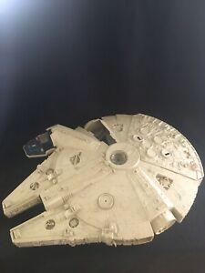 Vintage-Original-1979-STAR-WARS-Millennium-Falcon-Action-Figure-Space-Ship-Kenne