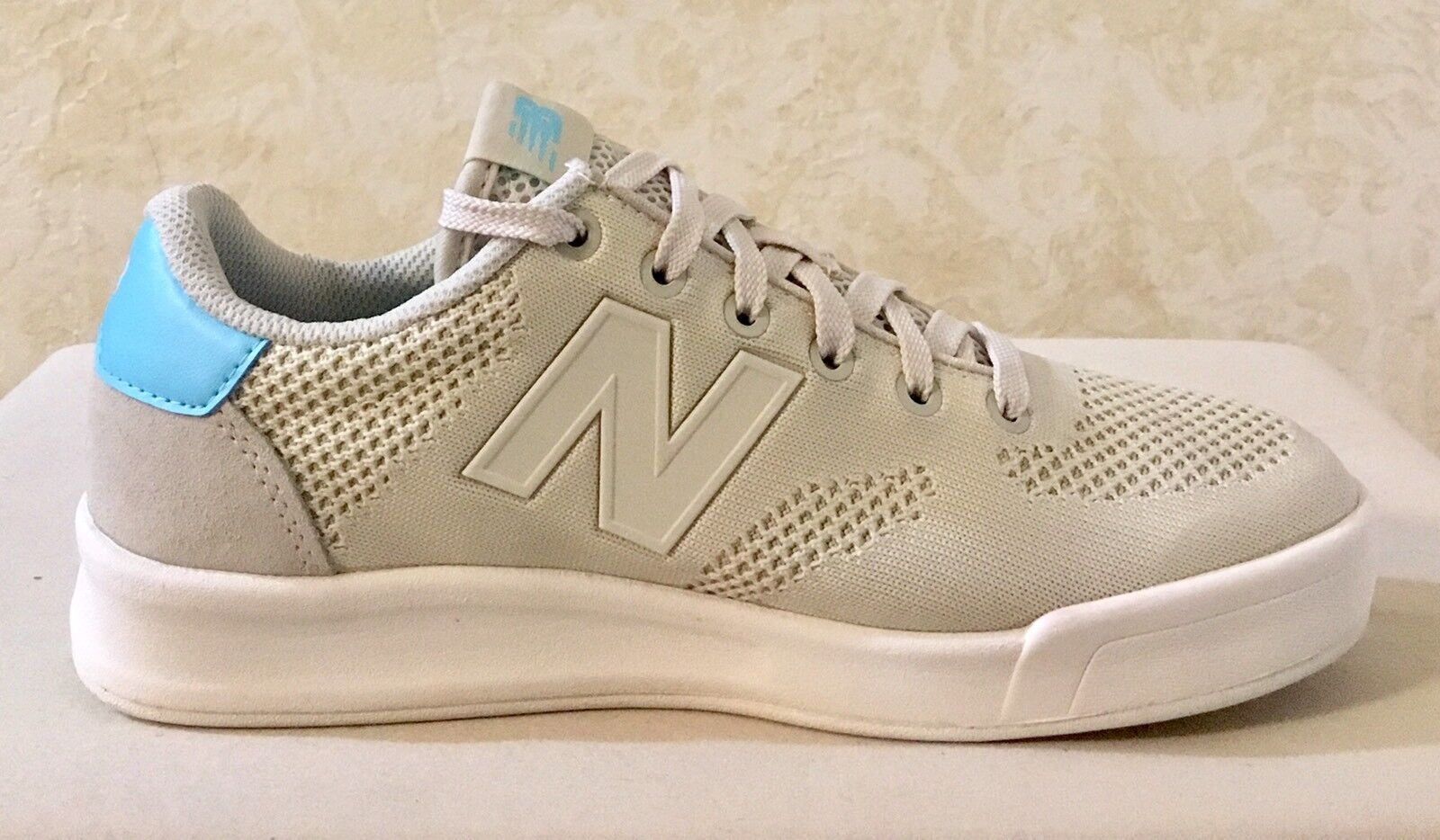 watch 10a87 639f1 Men New Balance CRT300RS Lifestyle   Comfort shoes Sneakers Tan light bluee  Sz 6.5