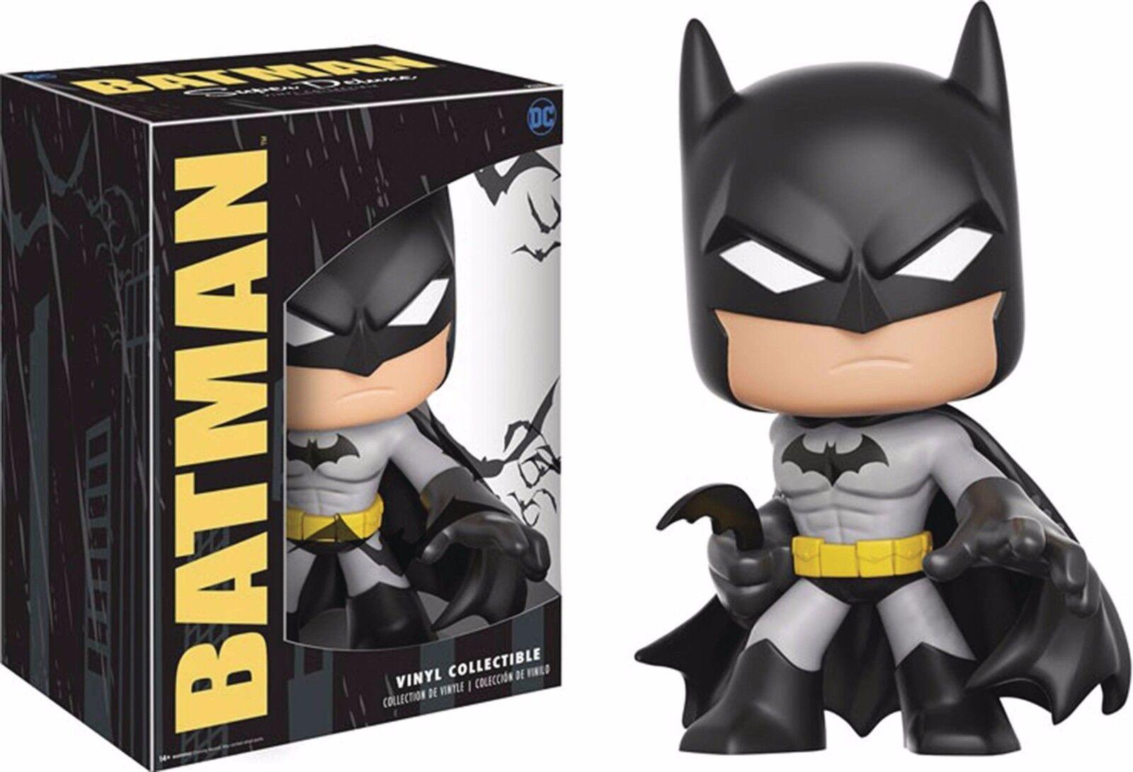 DC Comics - Batman Super Deluxe Vinyl Figure (Funko)