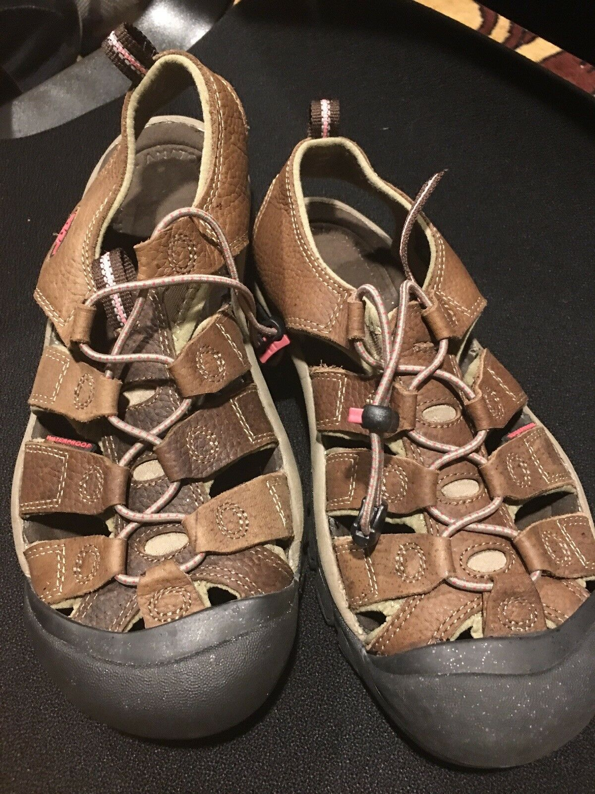 Keen Brown Leather Sport Sandals Women's Sz 9.5 Pull On Waterproof