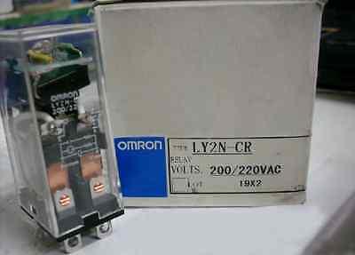 OMRON RELAY LY2N-CR 200//220VAC