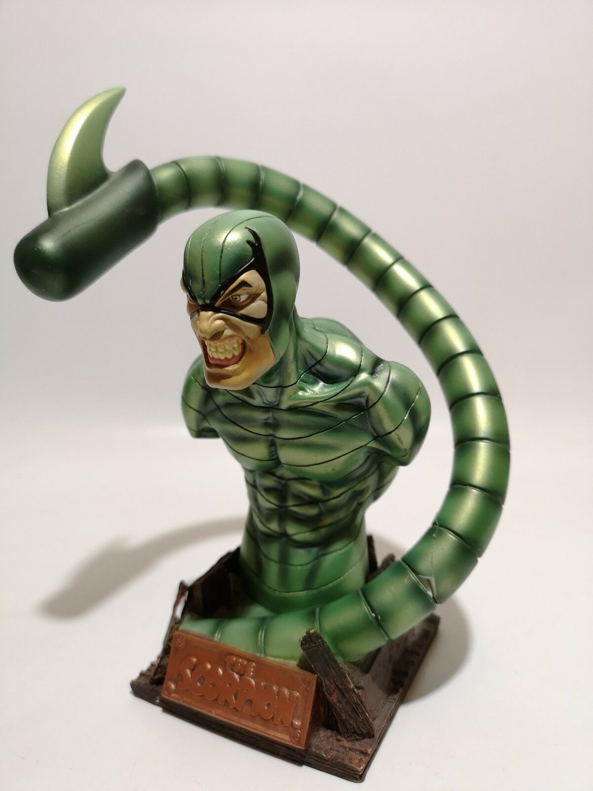 ROGUES GALLERY SCORPION BUST DIAMOND SELECT TOYS MARVEL SPIDER-MAN - Damaged