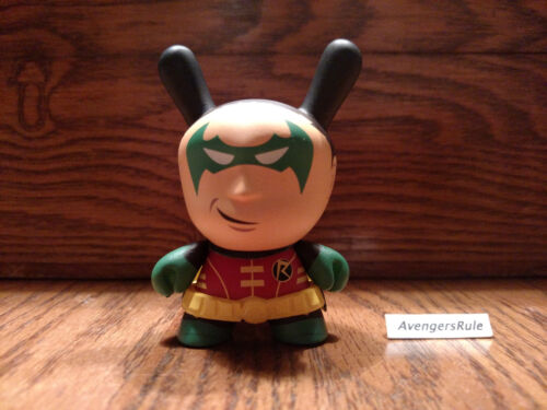 Batman Dunny Vinyl Mini Series Kidrobot Robin 2//24 Rarity