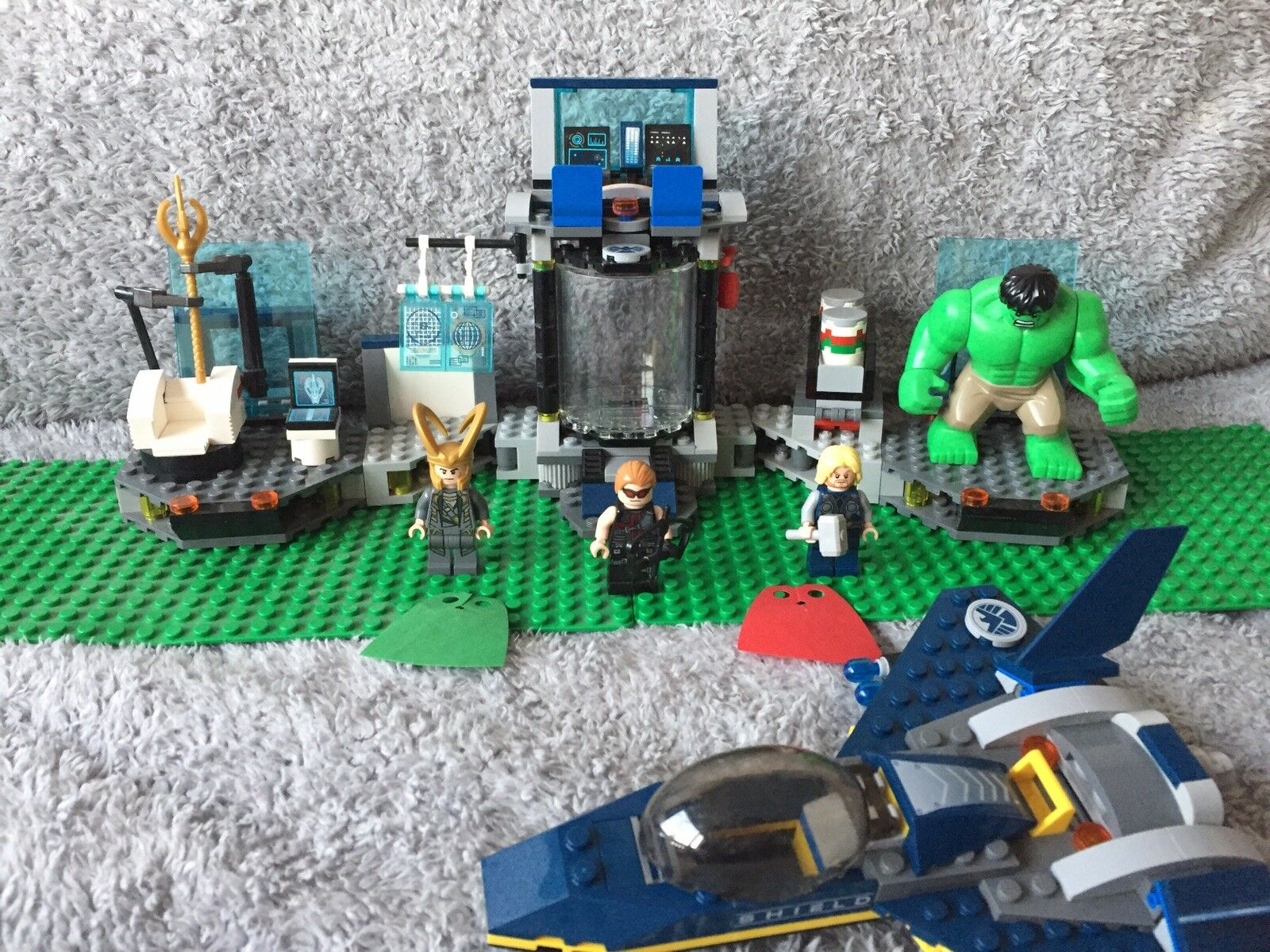 LEGO 6868 Marvel Super Heroes Hulk's Helicarrier Breakout