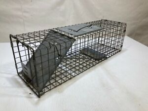 Havahart-Large-1-Door-Animal-Trap-2-ft-long-raccoons-stray-cats-groundhogs