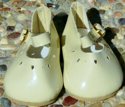 """85mm New Light Green Patent Leather Heartcut Shoes to fit 22/"""" Dolls 44mm"""