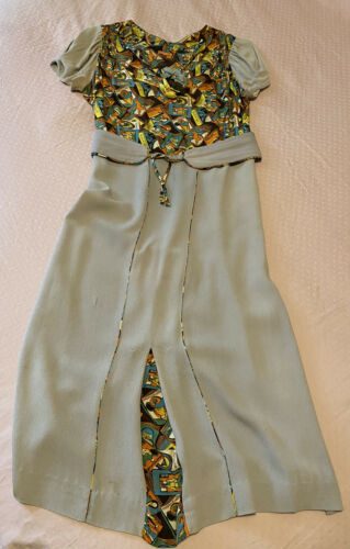 vintage 1940s rayon dress Novelty Print