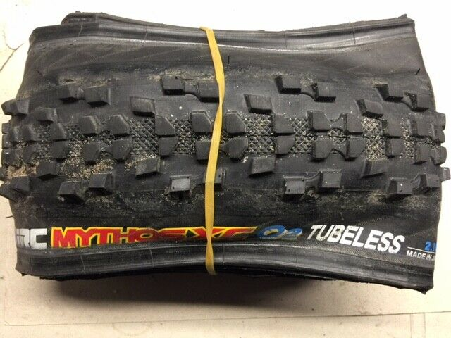 "Mountain Bike Tyres 26/"" Inch x 2.1/"" Tyre Tire MTB Choice IRC Piranha Pro T.C"