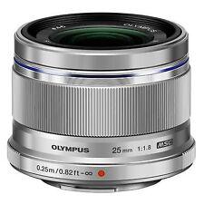 Olympus M. Zuiko Dig. 25mm 1:1,8 silber