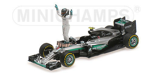 Mercedes W07 Hybrid Nico Rosberg With Figurine World Champion F1 2016 1:43 Model
