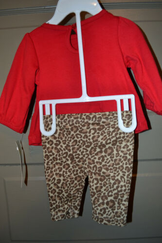 Little Wonders  Infant  Girl/'s Playwear Set  Sizes NB 0-3M  NWT Red//Animal Print