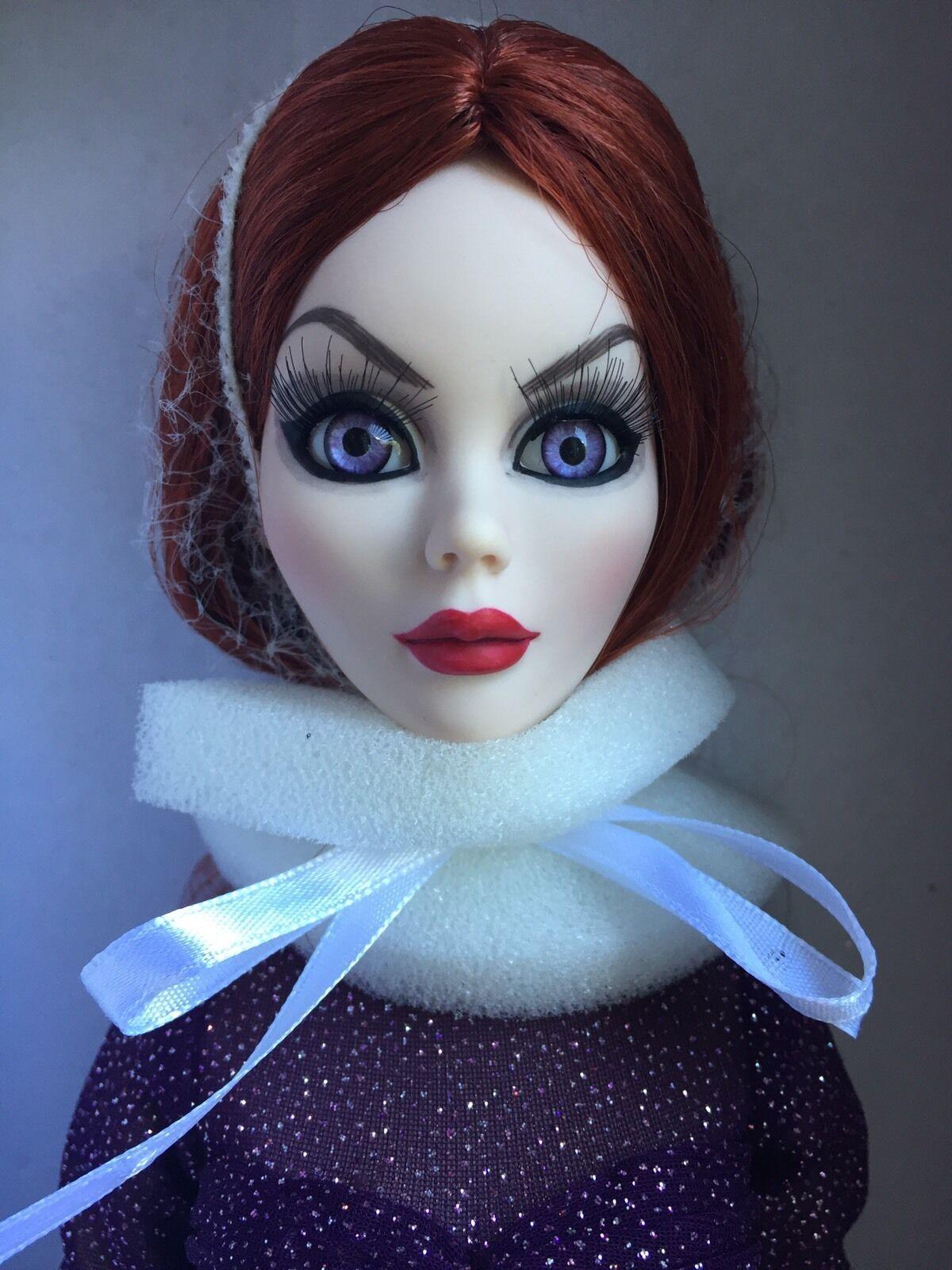 Tonner Wilde Imagination Evangeline Orribile Mortal Love 18.5   Bambola Fashion