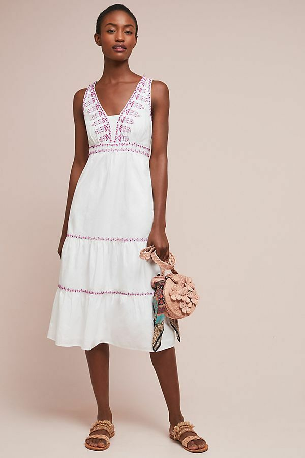 New Anthropologie Selena Embroidered Swing Dress by Akemi + Kin. size 6