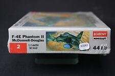XJ042 ACADEMY 1/144 maquette avion 4419 2 McDonnell Douglas F-4E Phantom II
