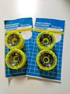 VINTAGE-VARISURF-POWELL-PERALTA-BONES-YELLOW-SKATEBOARD-WHEELS-BLISTER-95A-64mm