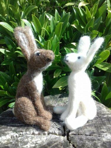 Badger  /& Fox Needle Felt Kit 100/% British wool NO SPONGE UNBOXED Hare