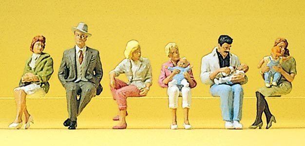 Figuras Preiser H0 (10332): Personas Sentadas