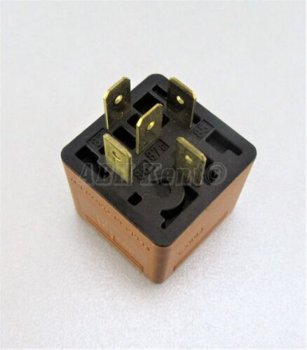 44-Saab 9-3 9-5 9-7 5-Pin Brown Relay Engine Cooling 90491314 Bosch 0332209136