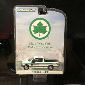 Greenlight-1-64-Blue-Collar-Series-4-2016-Ford-F-150-New-York-Brand-New