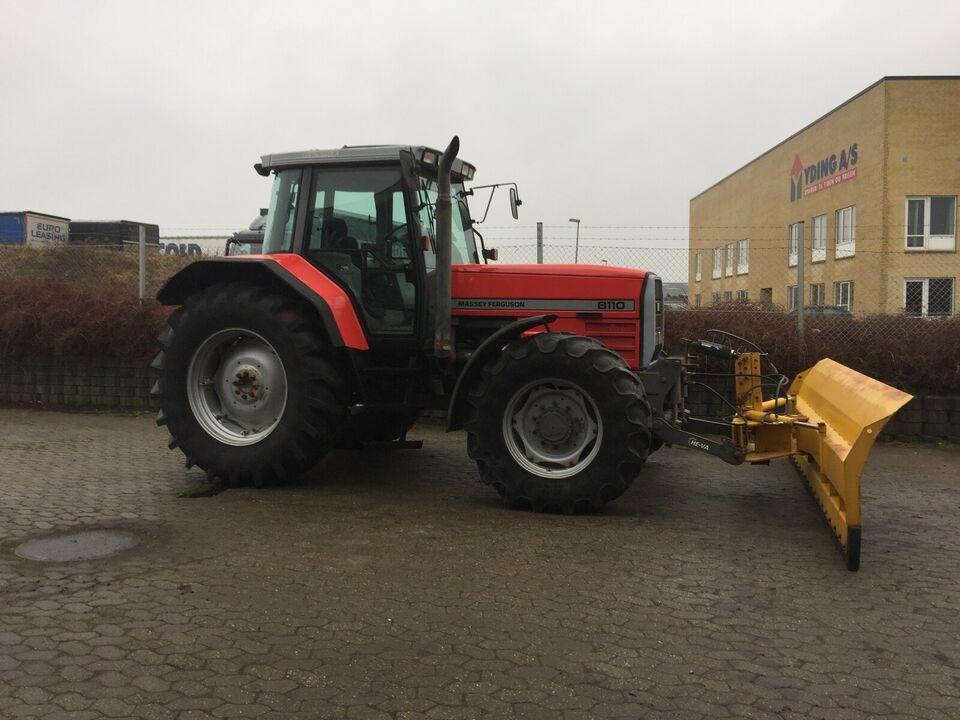 Meget velholdt traktor - MASSEY FERGUSON 8110