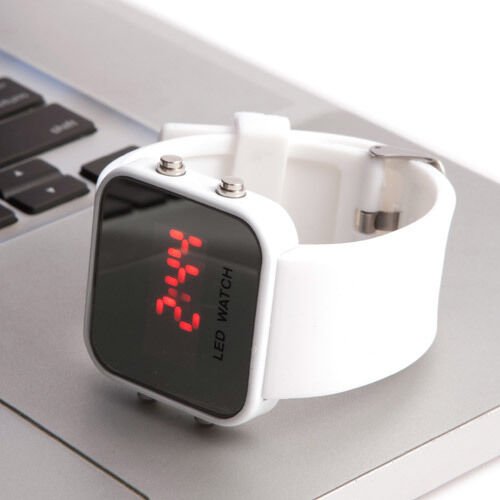 New Fashion Unisex Sport Digital Watch Men Women LED Wristband Rubber Band Reloj