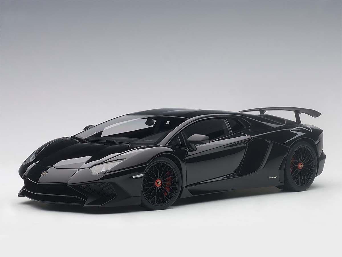 Lamborghini Aventador Sportverein LP750-4 Negro 1:18 Autoart 74556 compuesto Nuevo En Caja