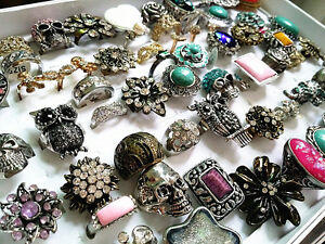wholesale-bulk-lot-50pcs-mix-styles-metal-alloy-jewelry-rings-with-a-display-box