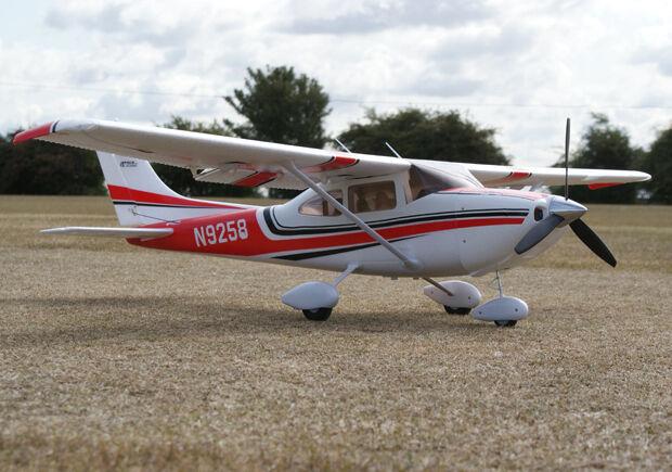 Art Tech Cessna 182 500 classee RC a Distanza Radiocouomodo Radiocouomodo Radiocouomodo Aeroplano Rosso ( Pnp 39bad9