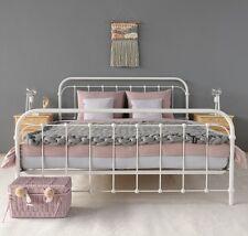 AMITA Eisenbett Metallbett Weiß Design Bett Bettgestell 180x200 cm