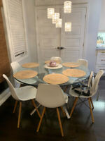 Round Dining Table Kijiji In Ottawa Buy Sell Save With Canada S 1 Local Classifieds