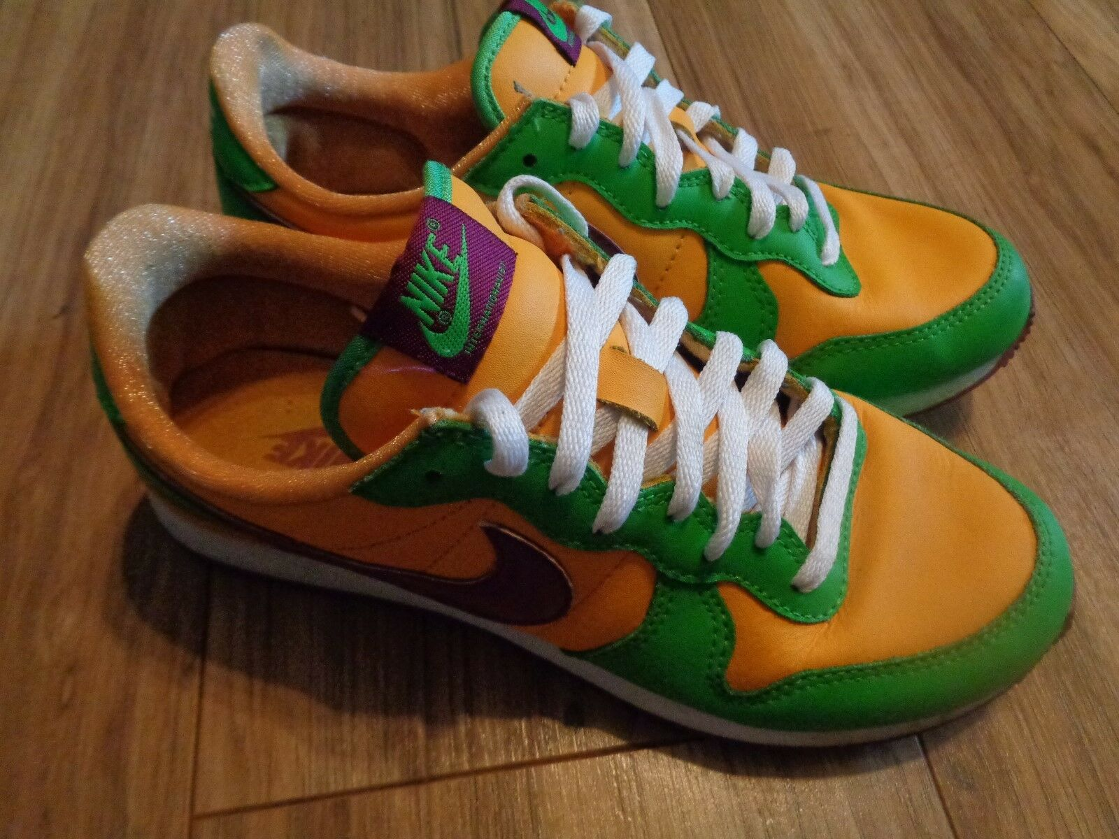 Nike Internationalist Green Womens Size 7.5 RN 316374-761 Orange & Green Internationalist f317c0