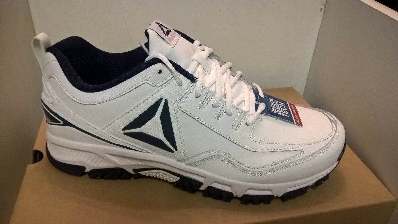 New Reebok Men's Ridge rider Athletic shoes  Memory foam Extra Wide 4E