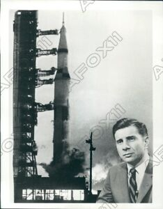 1969-ABC-News-Science-Editor-Jules-Bergman-On-Show-View-From-Space