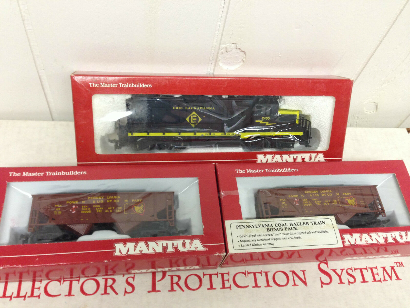 Mantua GP20 Locomotive Erie Lackawanna 414-030 & 2 Cars HO Train Never Run
