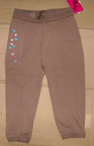NWT Motionwear Ladies Dance Drawstring Capri pants Mocha with heart graphic