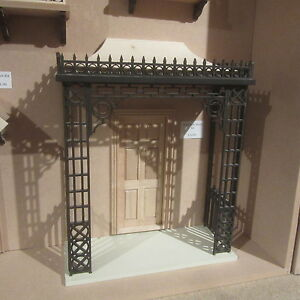 Dolls-House-12th-scale-Victorian-Porch-kit-Unpainted-DHD2202